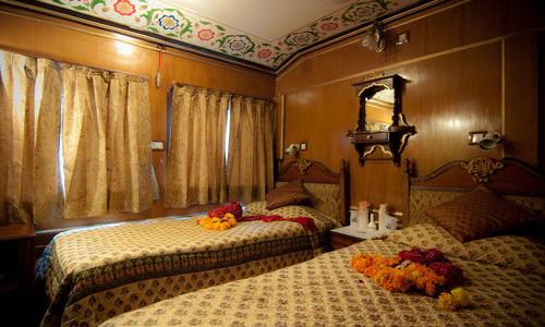New Palace on Wheels Luxury Tourist Train