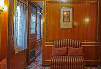 Heritage Palace on Wheels Desert Triangle